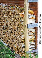 hölzernes haus, feuerholz, traditionelle , gelagert, front