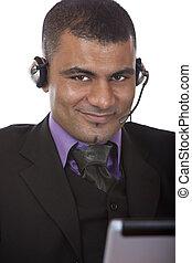 hörlurar med mikrofon, manliga unga, option att köpa centrera, medel