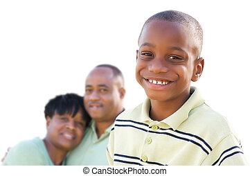 hübsch, afrikanischer amerikanischer junge, mit, eltern, freigestellt
