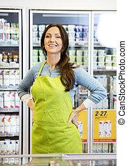 hüfte, verkäuferin, kühlschrank, gegen, hände