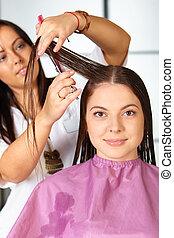 haar, haircut., frau, salon., cutting.