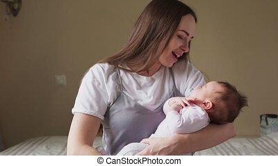haar, kussen, armen, zacht, vasthouden, moeder, baby, vrolijke