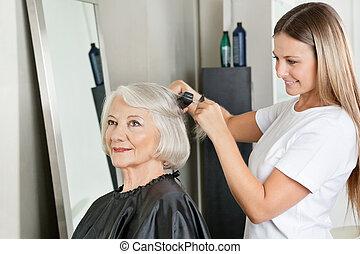 haar salon, frau, gerade machen, hairstylist