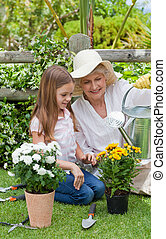 haar, tuin, grootmoeder, kleindochter, werkende