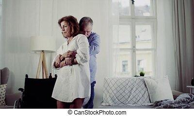 haar, vrouw, wheelchair, bed., invalide, het putten, senior,...