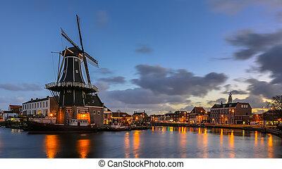 Haarlem night scene