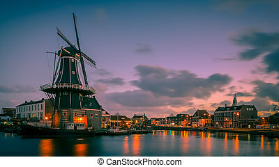 Haarlem night scene retro look