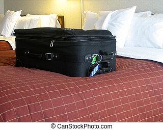 habitación de hotel, equipaje