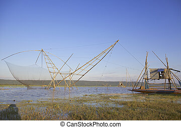 hagyományos, halászat, módszer, használ, egy, bambusz,...