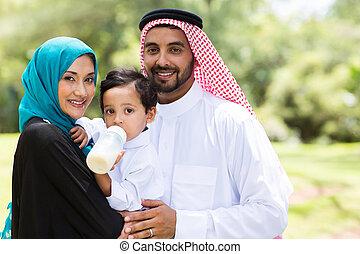 hagyományos, muzulmán, család