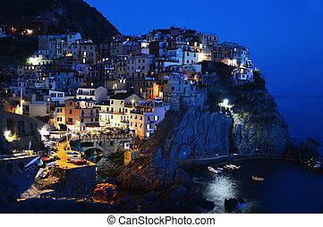 hagyományos, tengertől távol eső, manarola, olaszország, ...