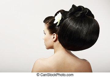 haircare., tafanario, di, modella, con, creativo, hairstyle., liscio, sano, capelli neri, con, flower., terme, salone
