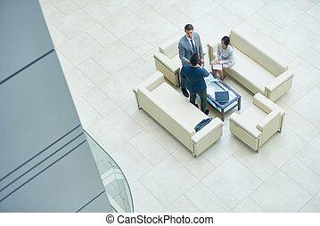 hala, spotkanie, biuro, handlowy zaludniają
