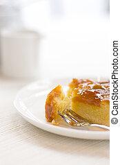 Half-eaten tart cake