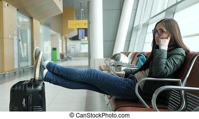 hall., attente, femme, vol, elle, séance, jeune, aéroport, percé