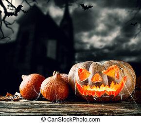 halloween, calabazas, en, madera, con, fondo oscuro