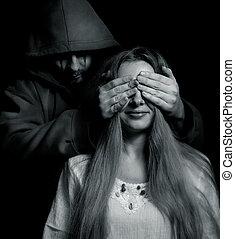 halloween, -, mal, derrière, innocent, surprise, girl, homme