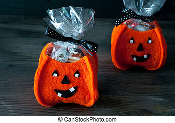 Halloween pumpkins filled with cand