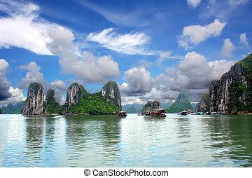 Halong Bay, Viet nam
