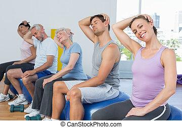 hals, övning, sittande, sträckande, gymnastiksal, klumpa ihop sig, klassificera