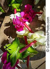 halssnoer, bloem, polynesiër