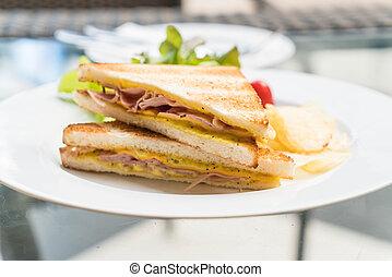 ham cheese sandwich