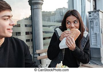 hambúrguer, comer mulher, jovem