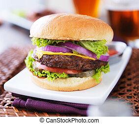 hamburger, mit, pommes, und, bier