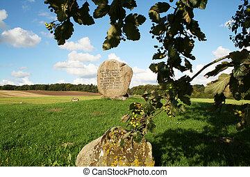 hamlets grave in denmark. The real hamlet prince of denmark grave stone