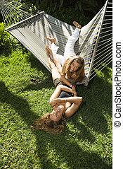 hammock., jouer, femmes