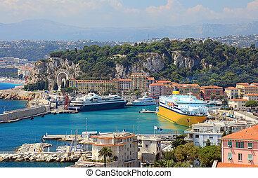 hamn, med, lyxvara, yachter, kryssning skeppar, av, staden,...