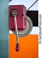 hand, hefboom, haak, in, rood, op, sinaasappel, op, autoreparatie, workshop
