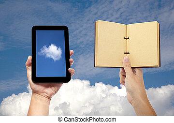 hand holding, buch, und, tablette pc, mit, wolke, rechnen, begriff