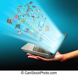 hand holding, magisches, notizbuch