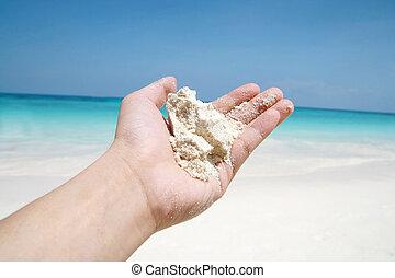 hand, houden, strandzand