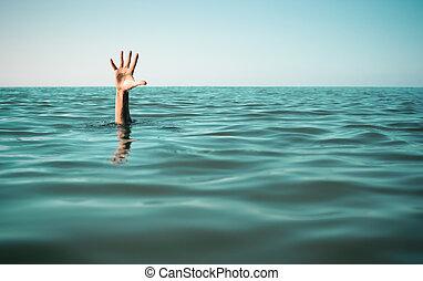 hand, in, zee water, vragen, voor, help., mislukking, en, redding, concept.