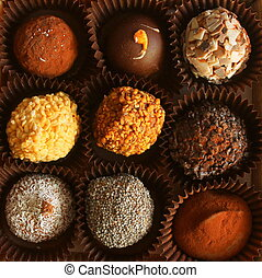 There are nine different types of round candy, made by hand.