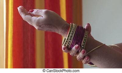 hand move indian bracelet