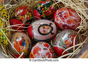 Hand painting easter egg