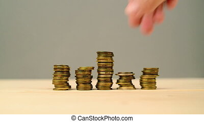 hand, stapelen, muntstukken., reddend geld