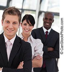 handel team, aan het werk aaneen, vrolijke