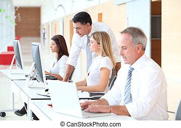 handel training, in, moderne, kantoor