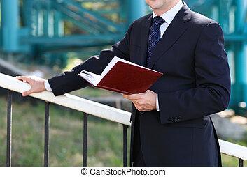 handen op, merk boek op, afsluiten, zakenman