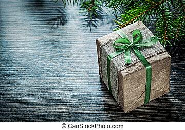 handgearbeitet, weihnachtsgeschenk, kasten, tanne, zweig, feiern, begriff