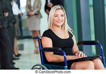 handicapé, femme affaires, fauteuil roulant, séance