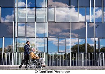 Handicapé, sien, petit-enfant, grand-père