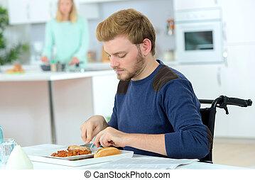 handikappad, äta, måltiden,  man