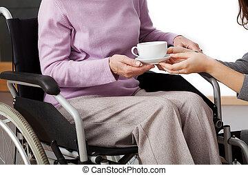 handikappad, hjälp