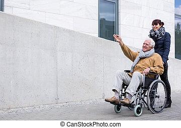 handikappad, retiree, spenderande, tid, utomhus