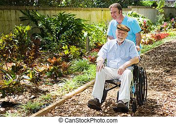 handikappad, senior, avnjut, trädgård